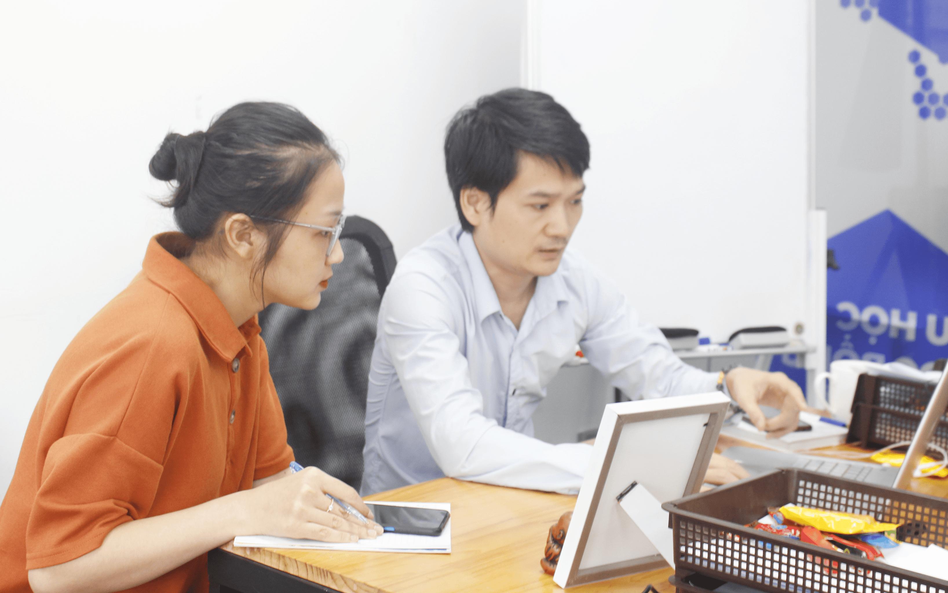 Chung_dong_trong_cong_viec_TTS Marketing